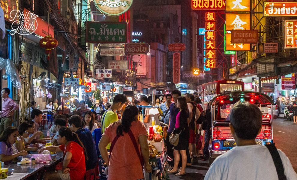 Thai_food_Chinatown_Bangkok_video_and_review