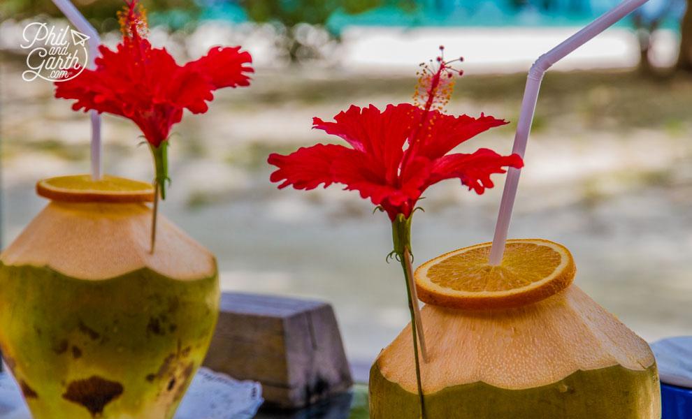 meeru_island_resort_coconut_drinks_review