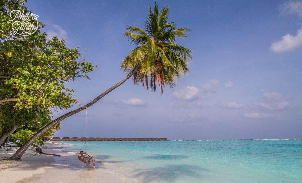meeru_island_resort_phil_in_hammock_review_and_video