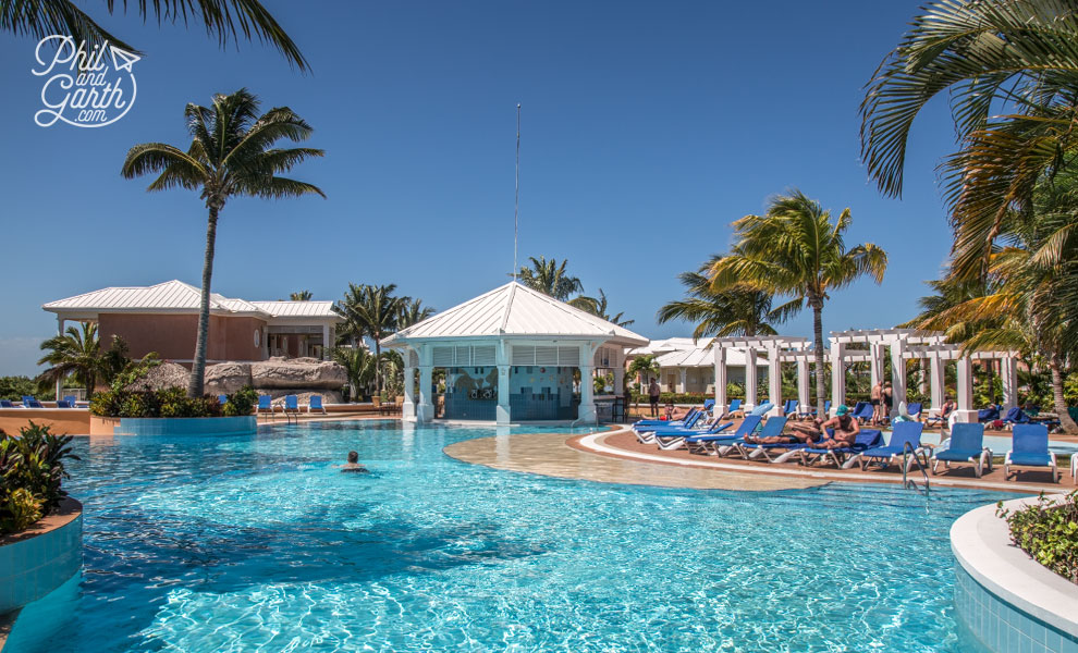 Cuba_Phil_in_the_pool_Blau_Privilege_Cayo_Libertad_varadero_travel_review_and_video