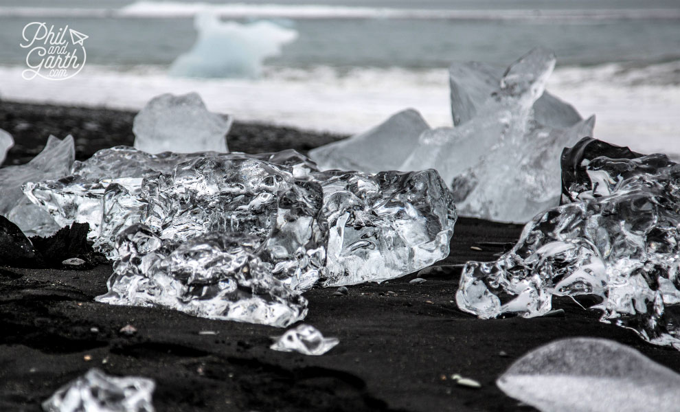 Iceland_Jokulsarlon_ice_on_black_beach_with_sea_travel_review