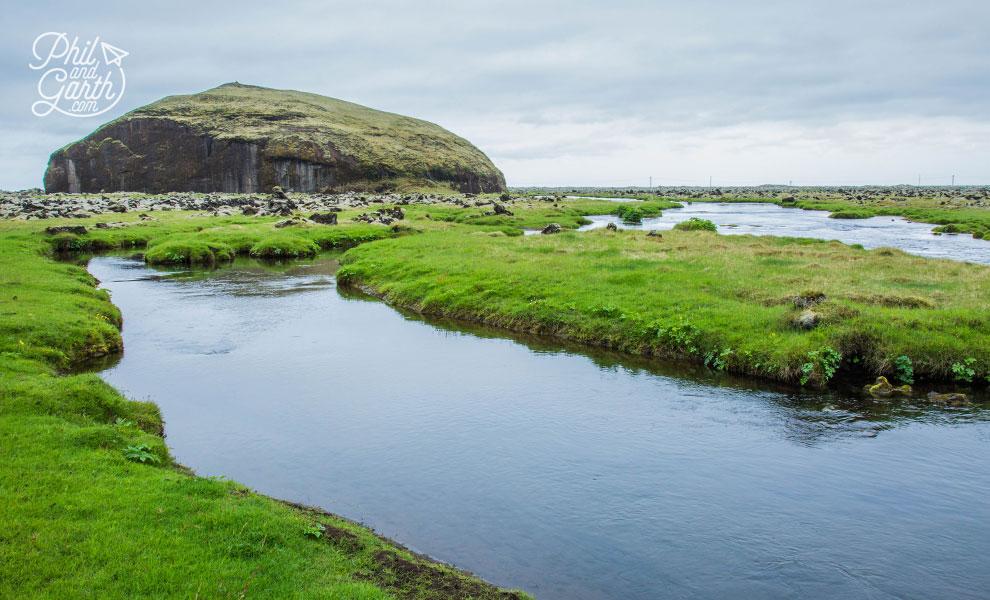 Iceland_Orustuholl_battle_hill_travel_review