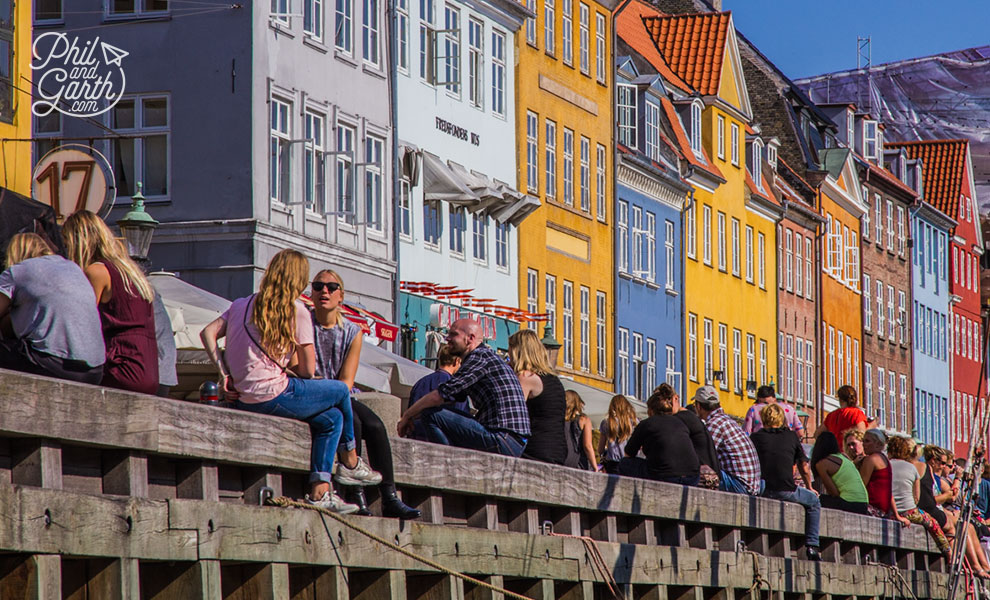 copenhagen_nyhaven_people_chilling_travel_review_and_video
