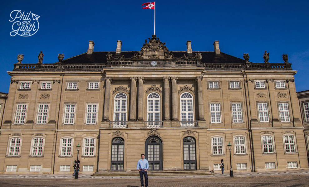 copenhagen_phil_at_Amalienborg_Palace_travel_review_and_video