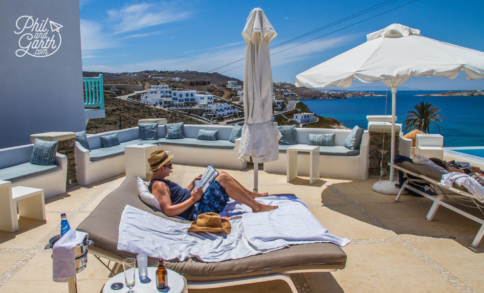 mykonos_bill_and_coo_suites_sunbeds
