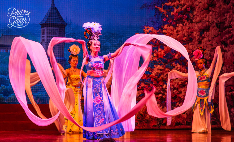 xian_tang_dynasty_theatre_1