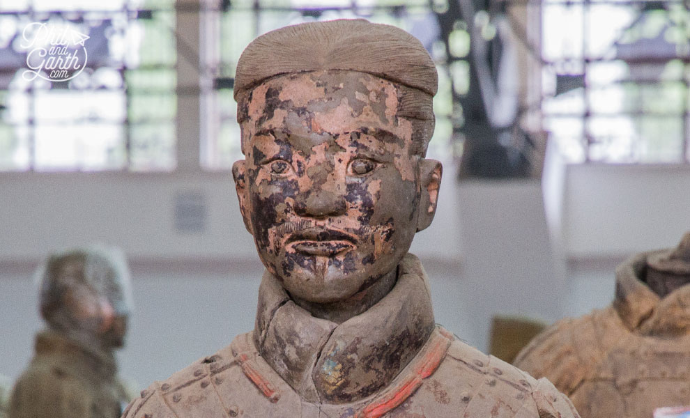 xian_terracotta_warrior_with_original_paint_colours