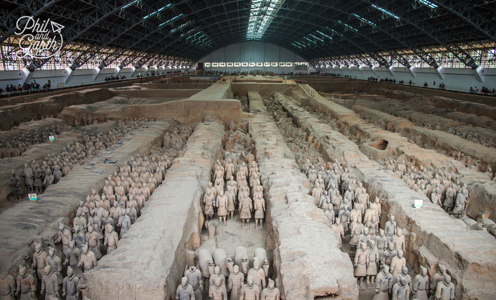 xian_terracotta_warriors_and_horses_travel_guide_sightseeing_pit1