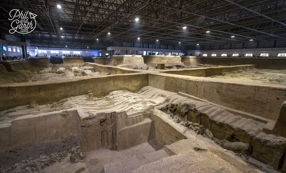 xian_terracotta_warriors_pit2