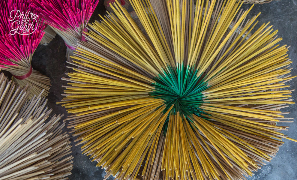 Stunning patterns made with Incense sticks