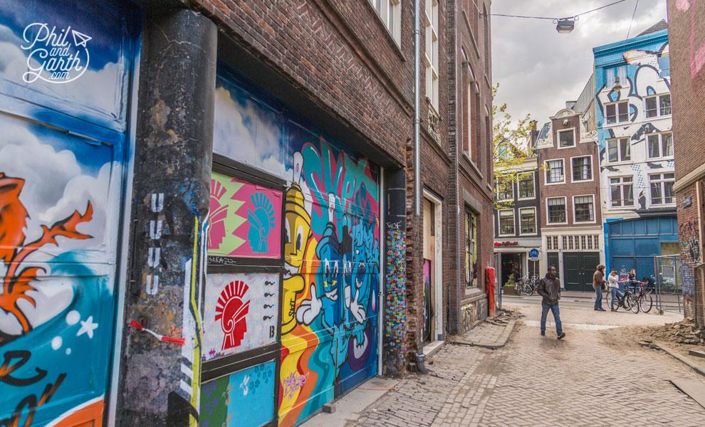 Wijdesteeg street art