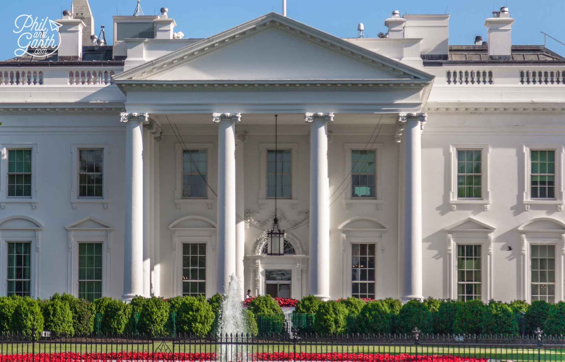 The White House has 132 rooms, 35 bathrooms, and 6 levels in parts
