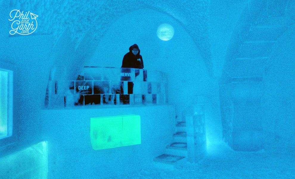 Jukkasjarvi_ice_absolut_icebar_sweden_travel_review_tips