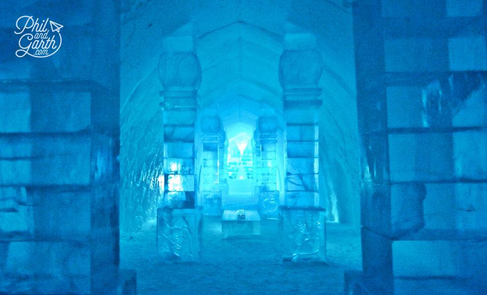 Jukkasjarvi_main_hall_3_icehotel_sweden_travel_review_tips