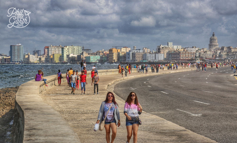 havana_cuba_seawall_el_malecon_travel_review_short_video
