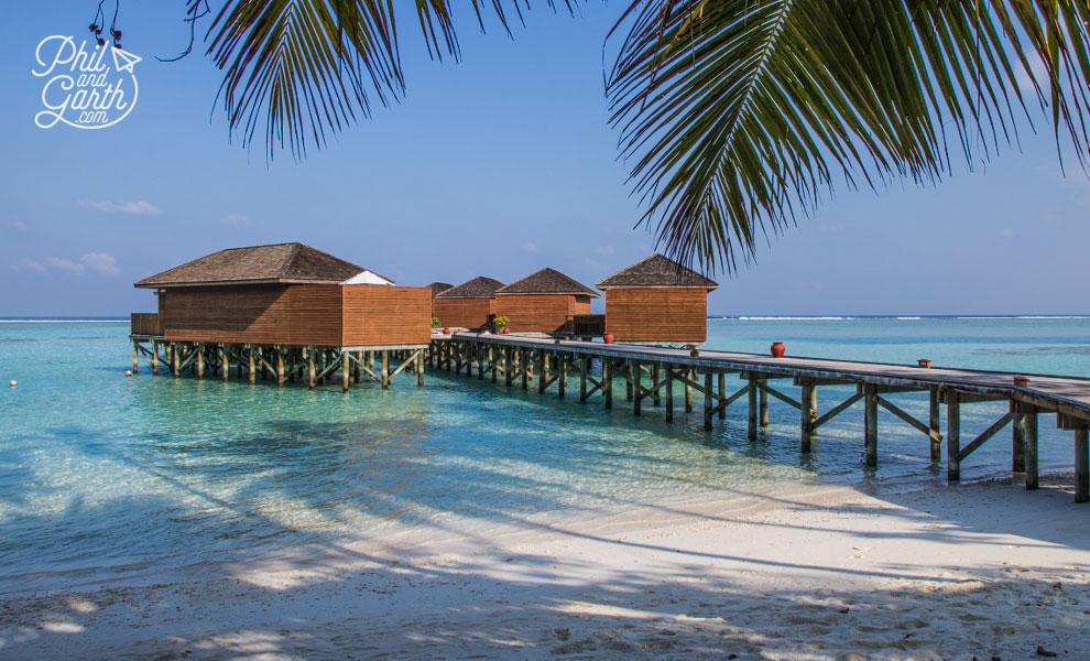meeru_island_resort_jacuzzi_water_villa