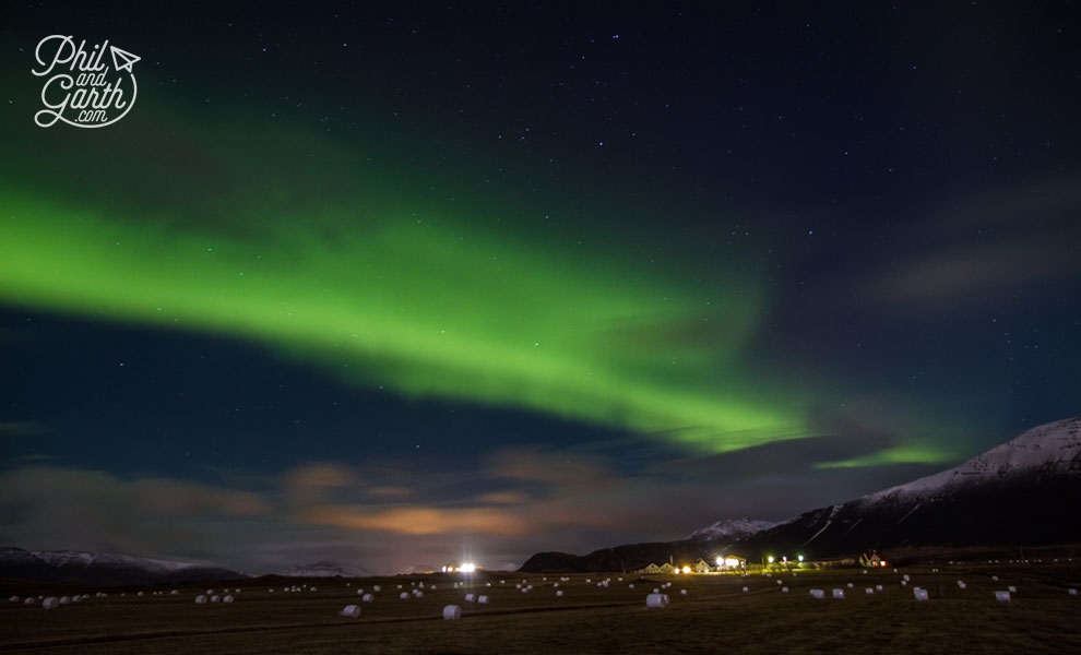 reykjavik_aurora_borealis_travel_review_and_video