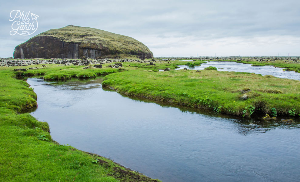Iceland_Orustuholl_battle_hill_travel_review