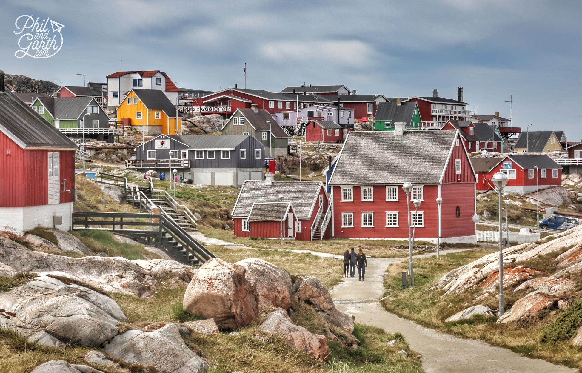 Taking a walk through Ilulissat
