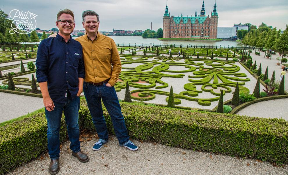 copenhagen_Frederiksborg_Castle_gardens_Phil_and_garth_review_and_video