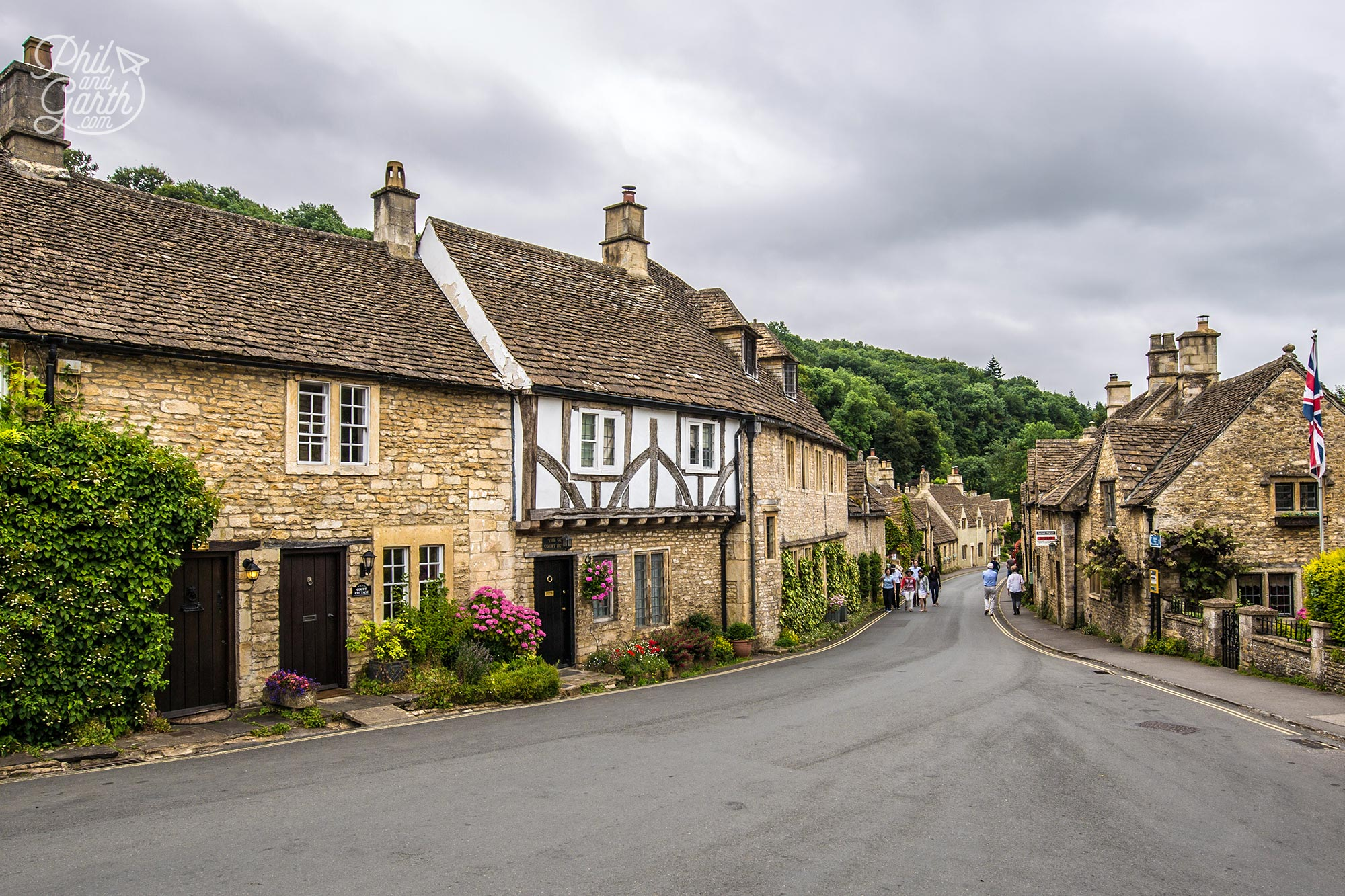 Picture postcard homes of Castle Combe