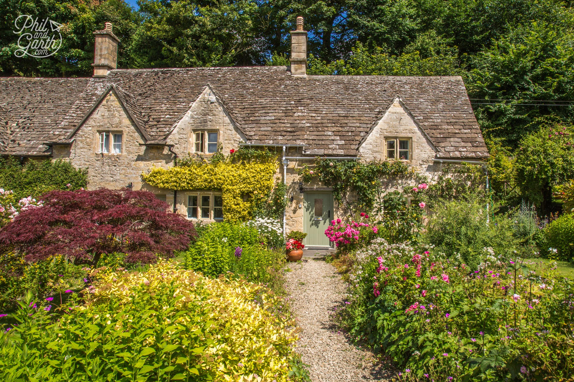 Well manicured English country cottage gardens at Bibury