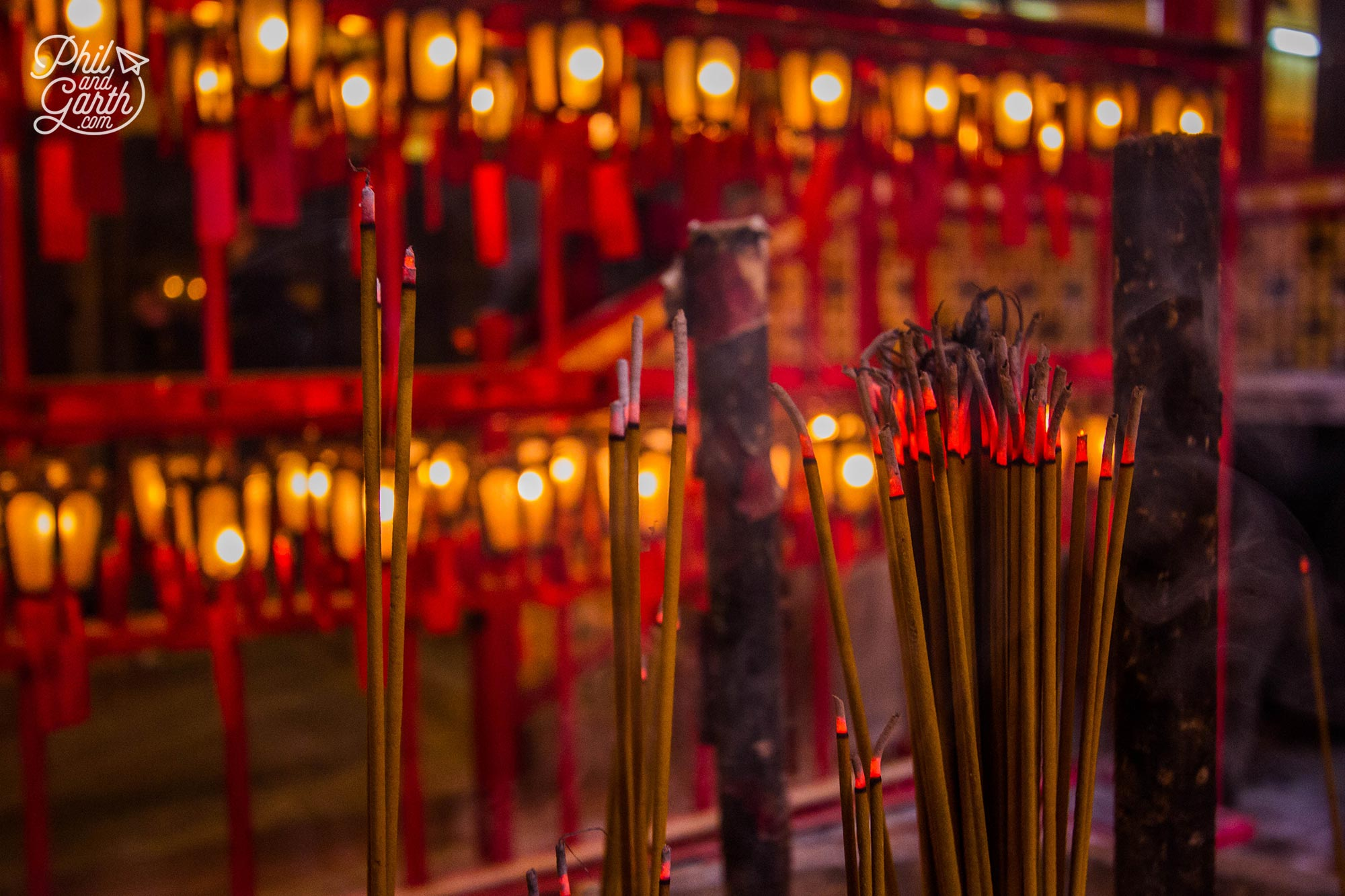 The air is quite overwhelming from all the incense sticks and coils burning