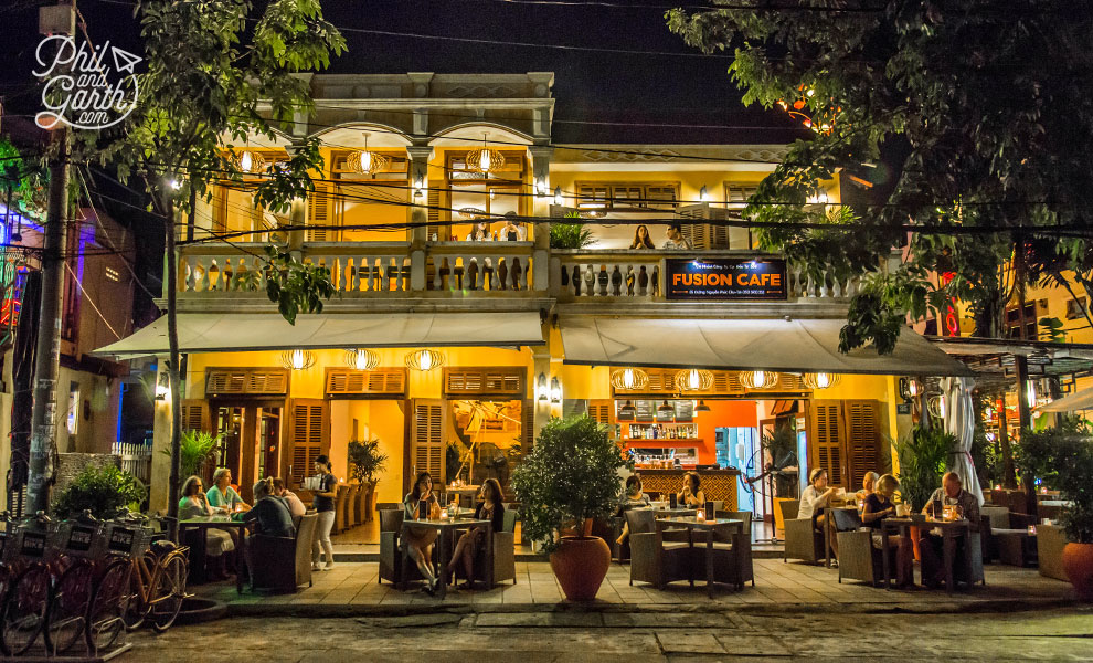 Fashion Cafe in Hoi An