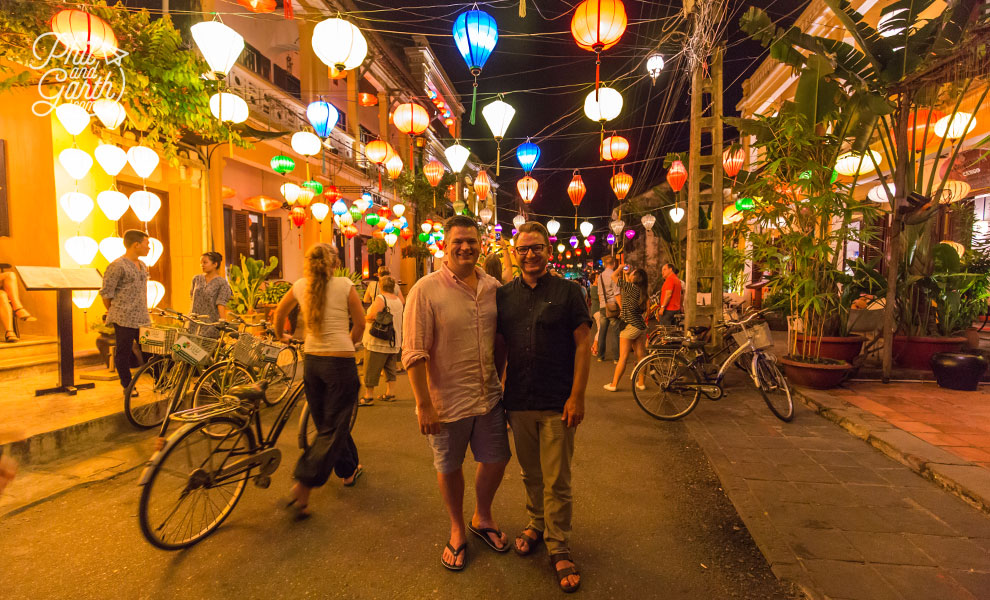 Phil and Garth under the lanterns