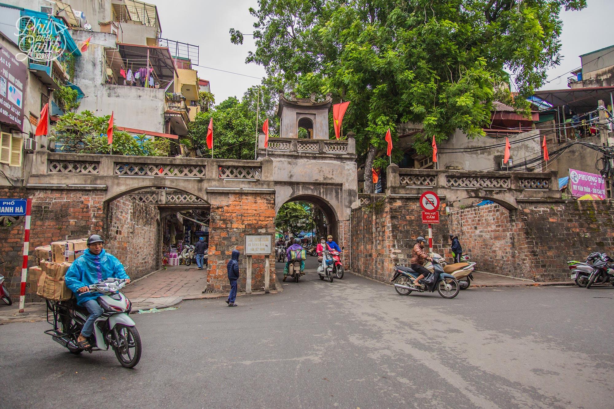 Quan Chuong Gate - one of Hanoi's old city gates