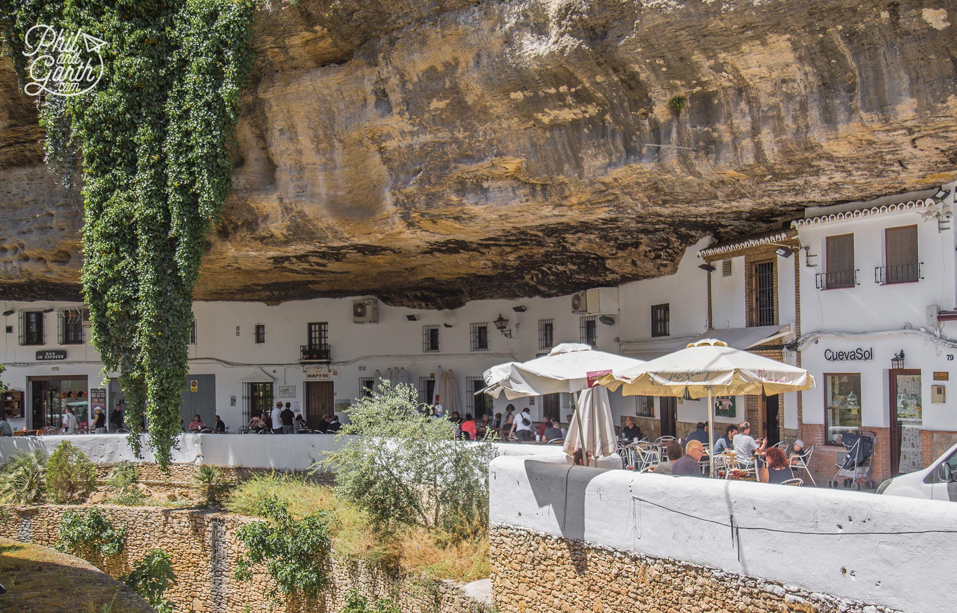 The extraordinary appearance of Setenil de las Bodegas