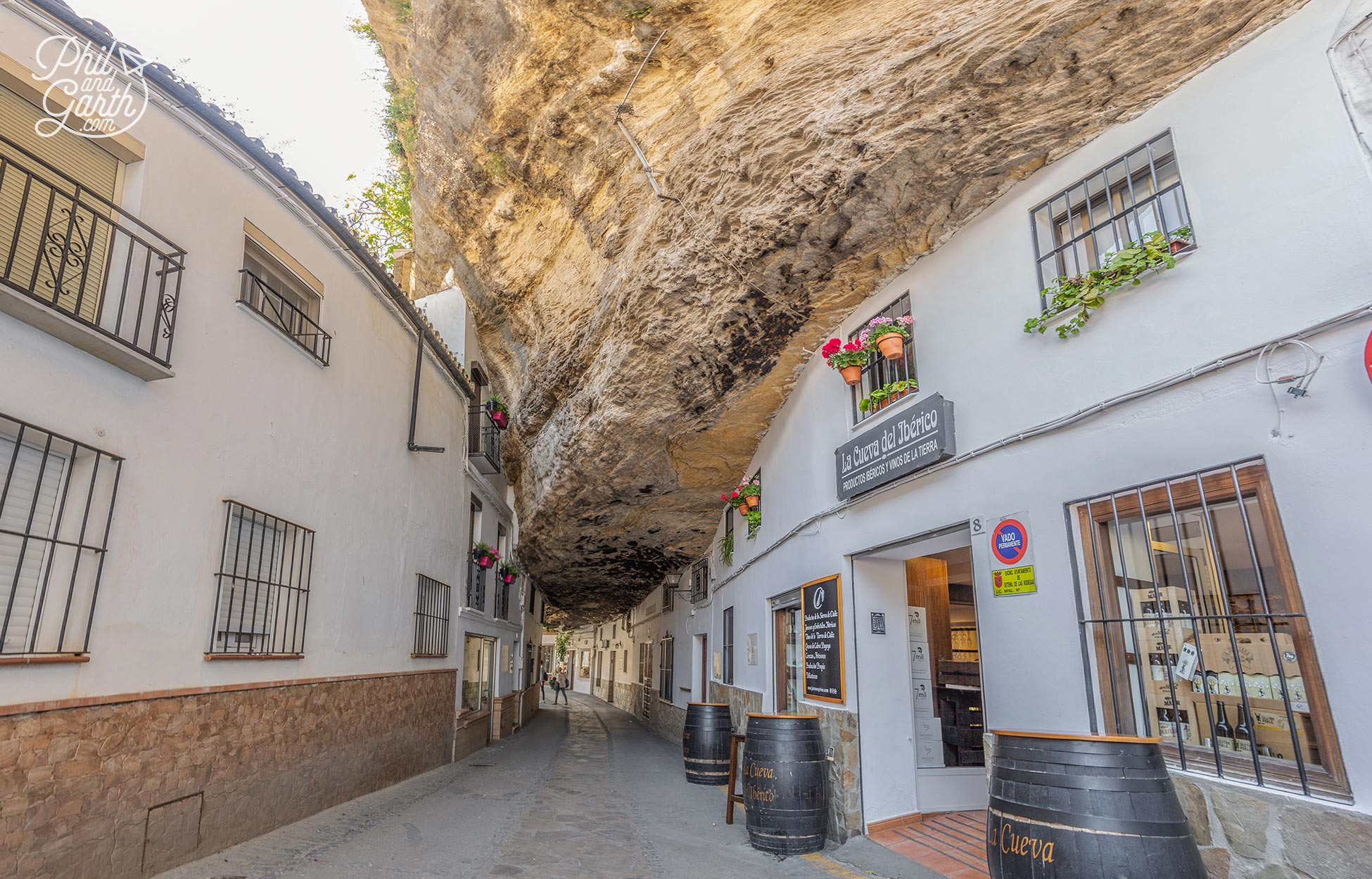 "La Cueva del Iberico situated on ""Shade Street"" Cuevas de la Sombra"