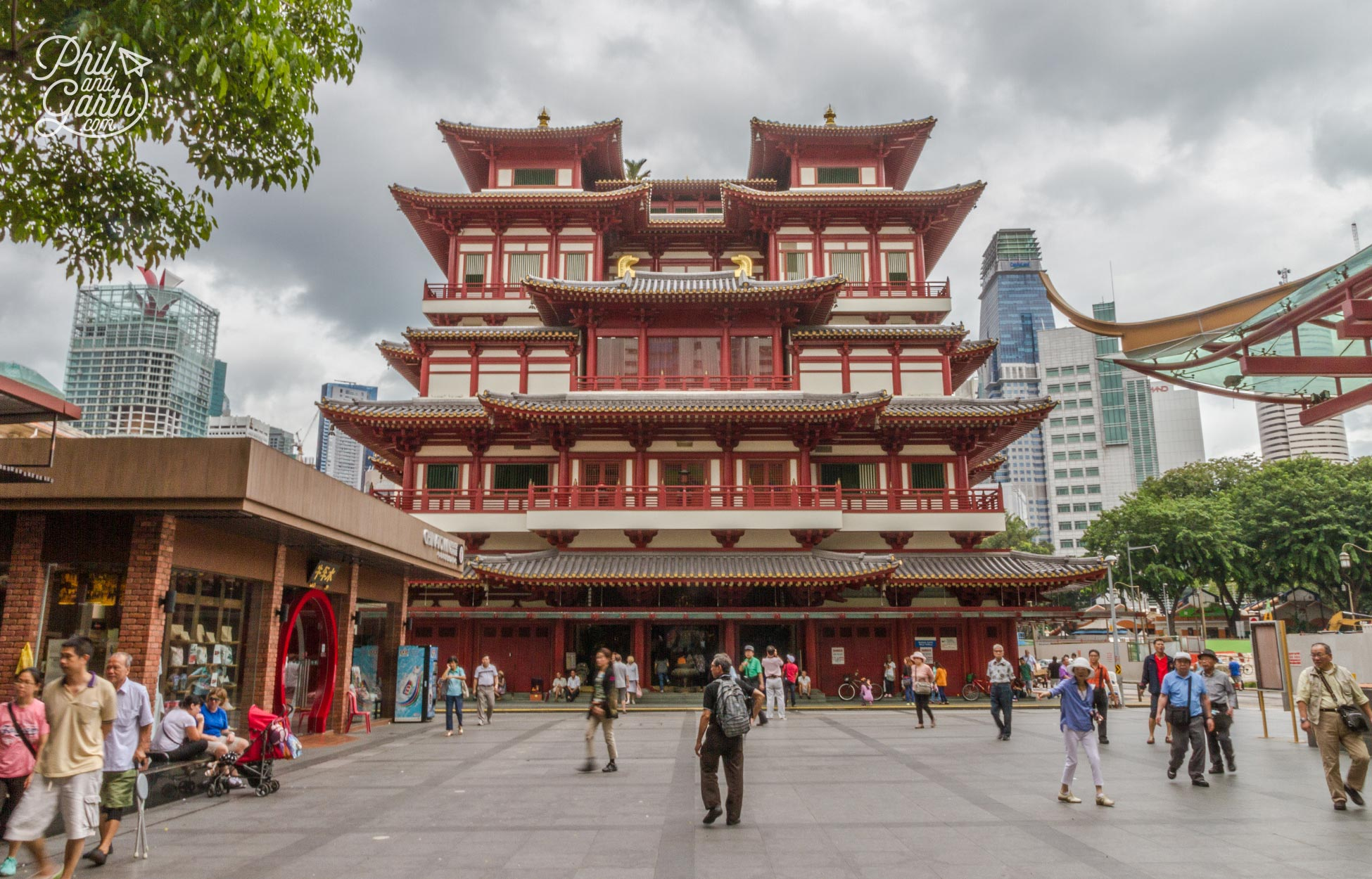 Buddha Tooth Relic Temple, Chinatown Singapore