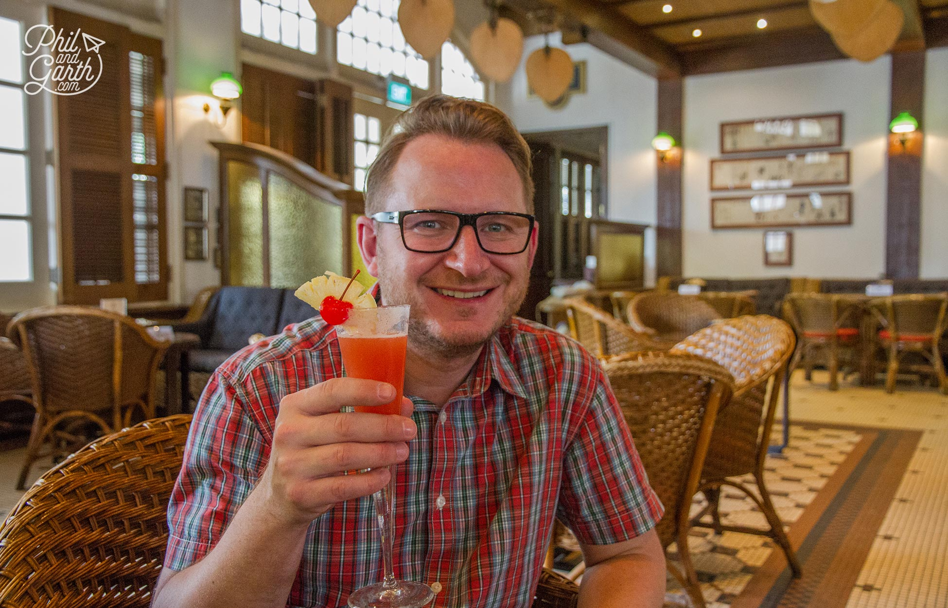 Garth with his champagne Singapore Sling in the Long Bar