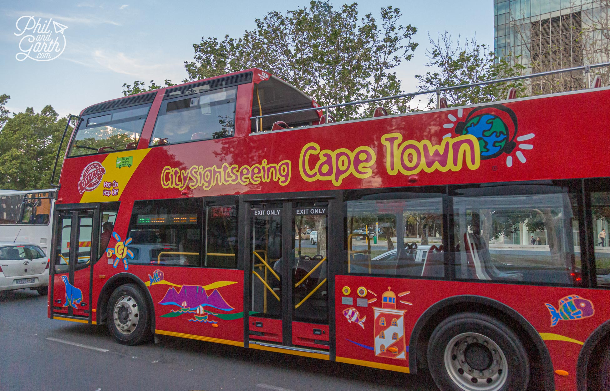 The City Sightseeing Cape Town tourist bus - The easiest way to get around