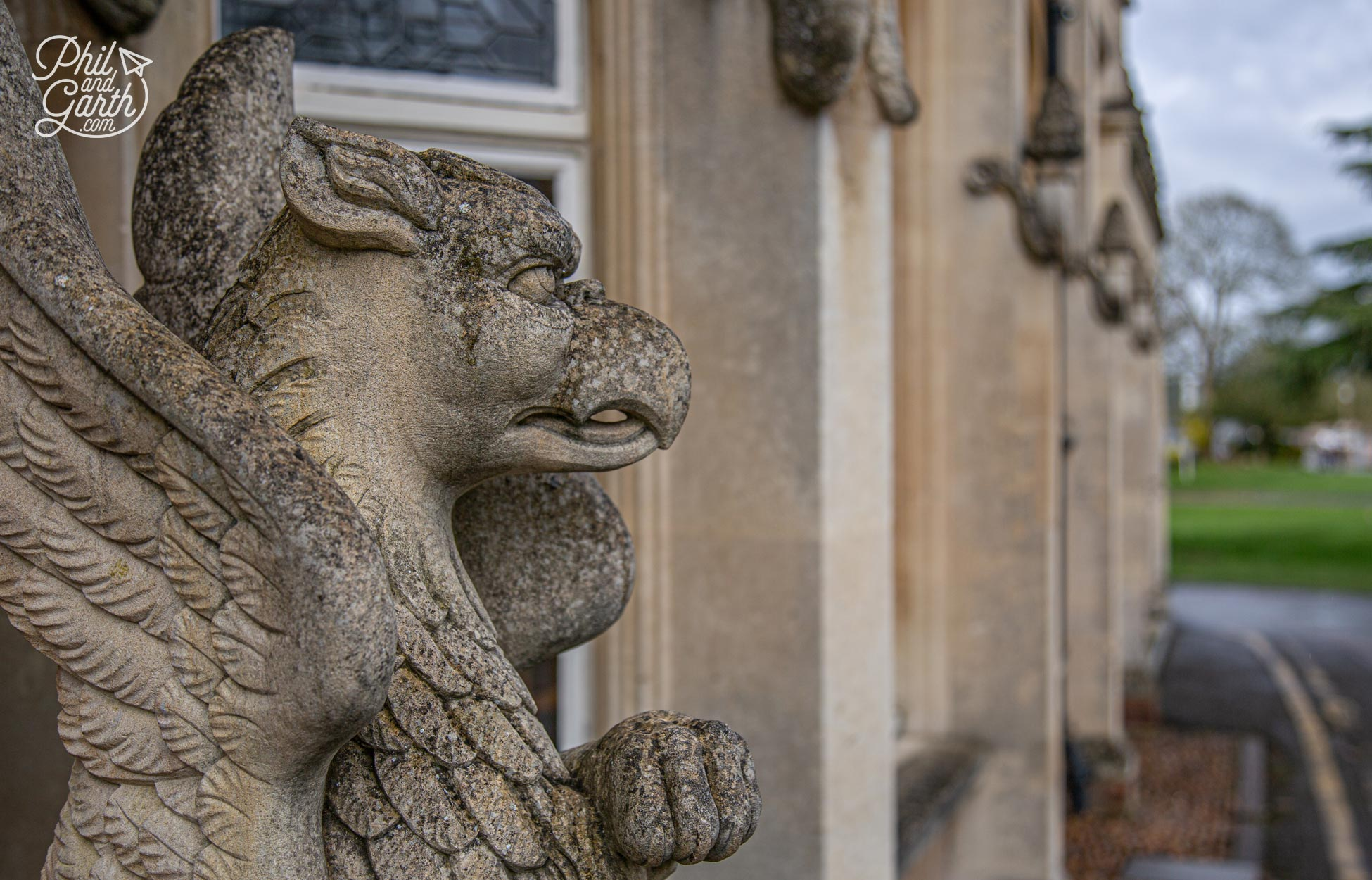 We loved these Griffin statues at the entrance