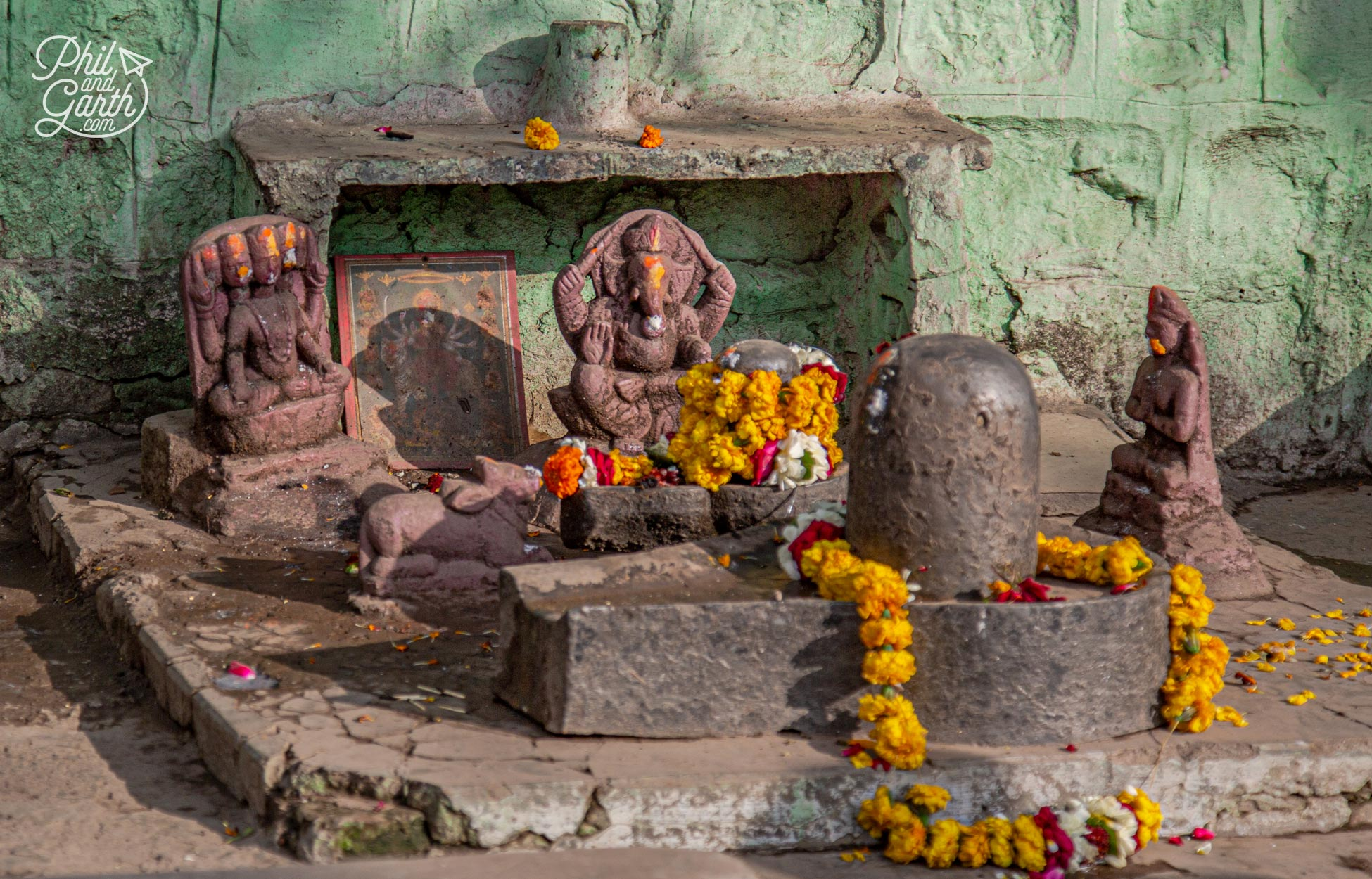 A little Hindu shrine next to the road