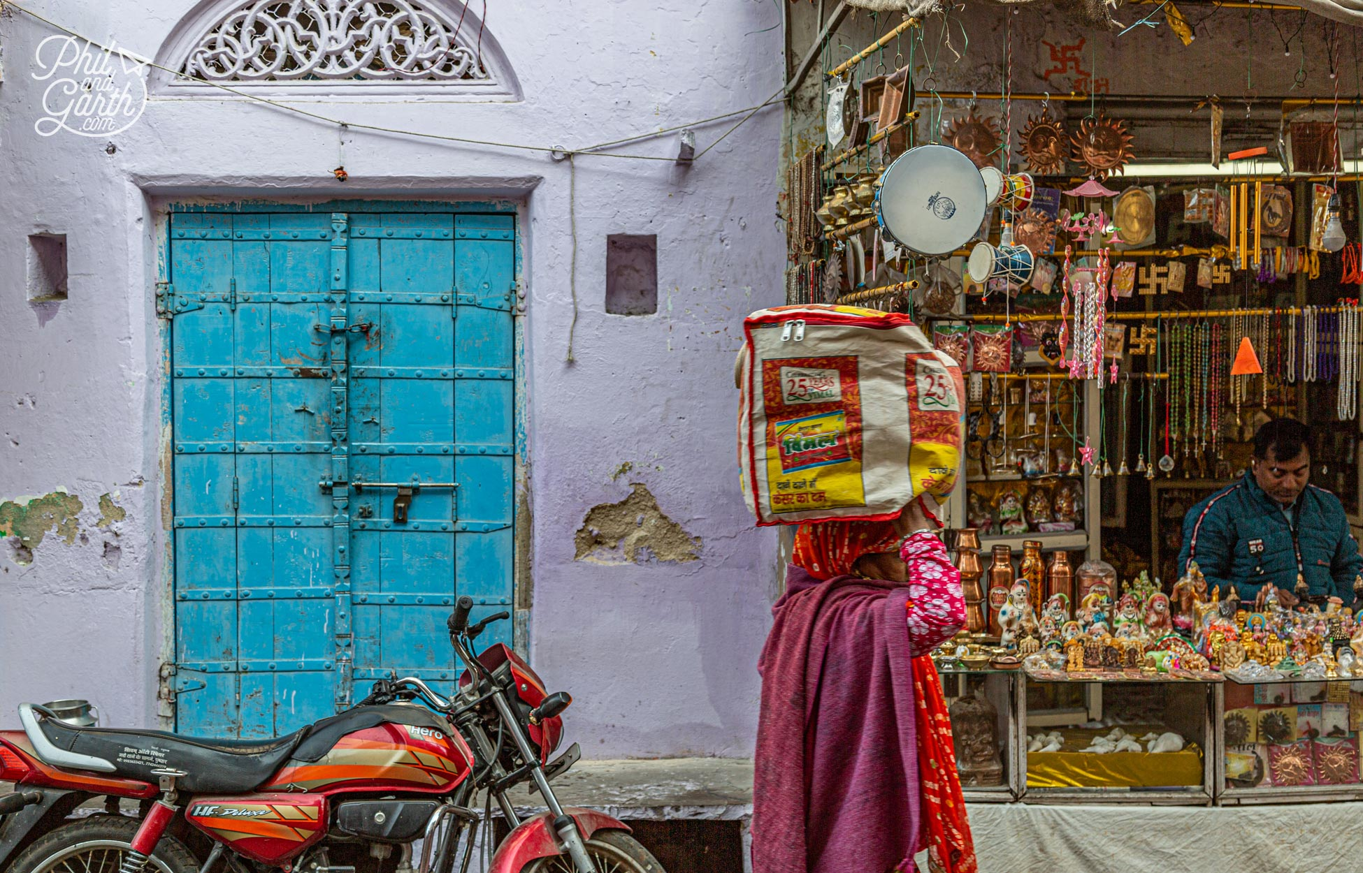 Places to visit in Pushkar - Look out for all the colourful doors