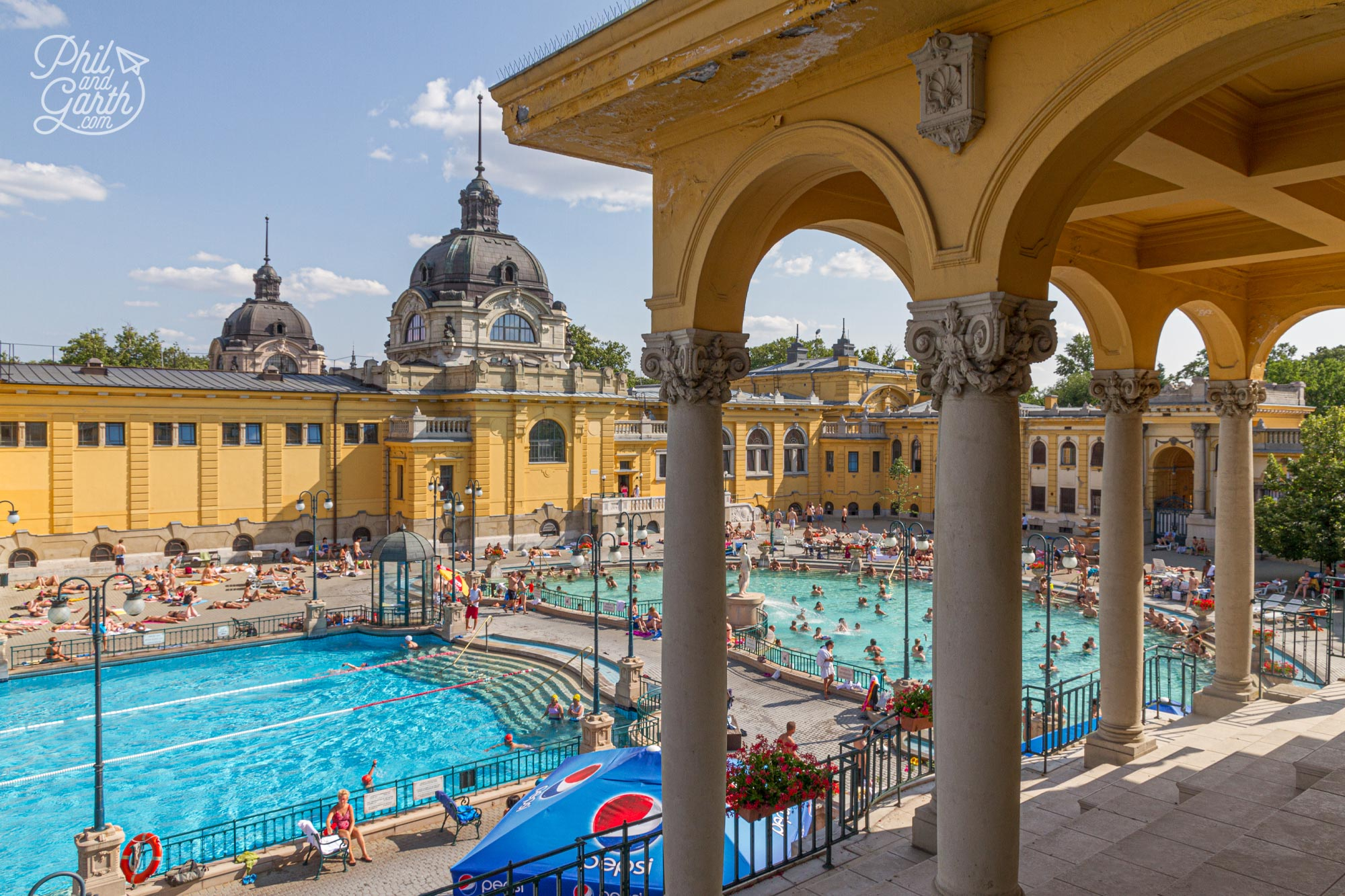 The Széchenyi Baths was built in 1913 and is the largest thermal spent bath complex in Budapest