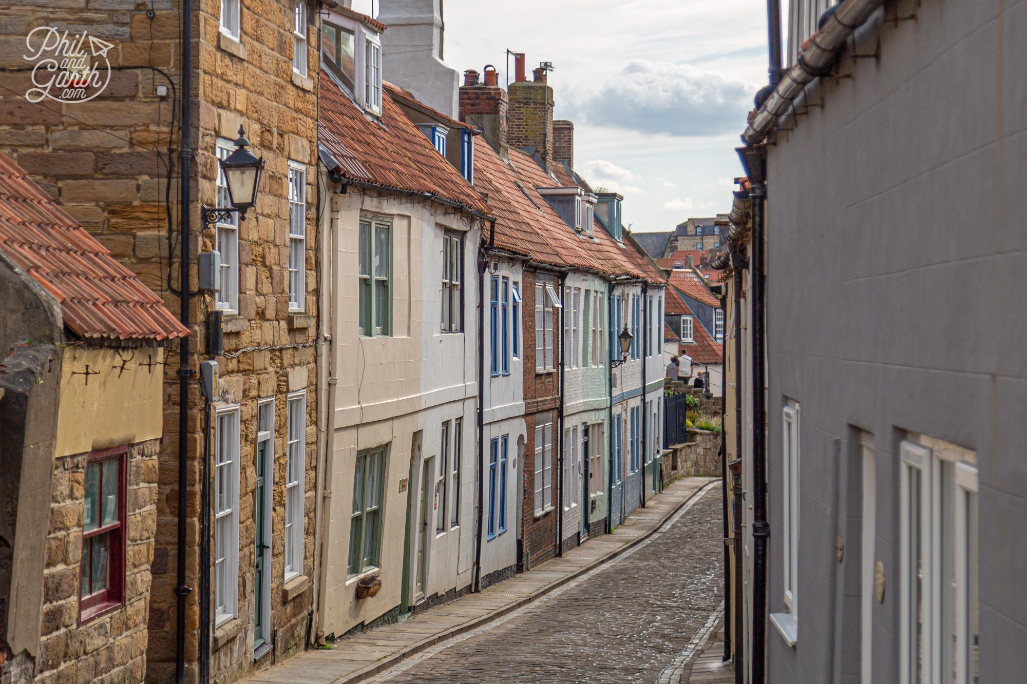 Attractions in Whitby - picturesque winding streets in the old town